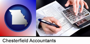 an accountant at work in Chesterfield, MO